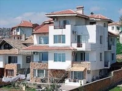 SUNNY VICKY HOUSE