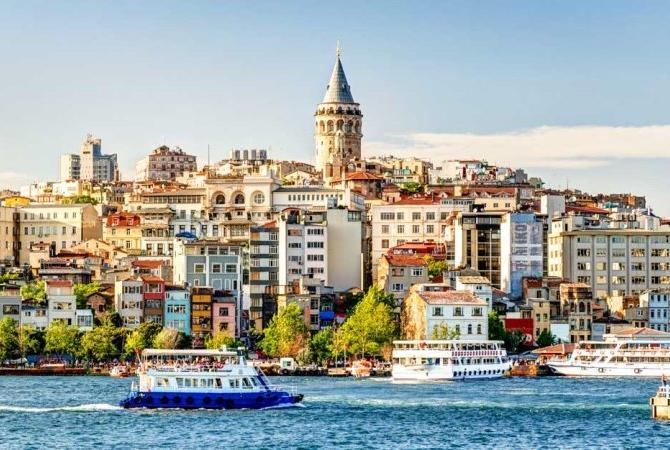 ISTANBUL, comoara de pe doua continente - Avion