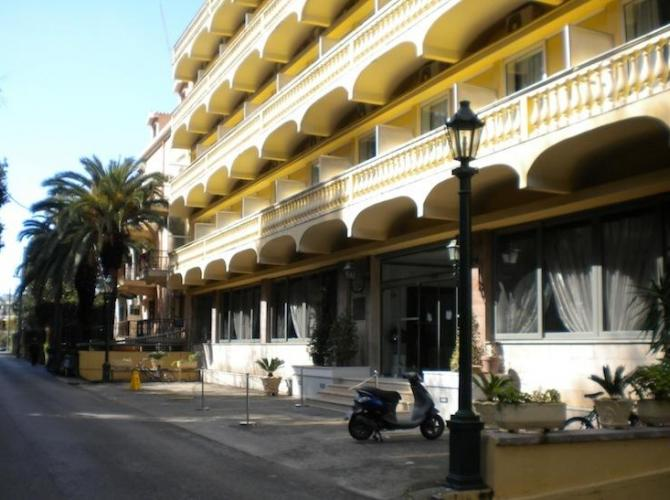 Hotel Arion