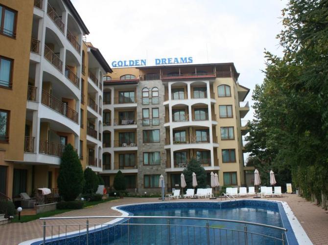 Golden Dreams Apart Hotel