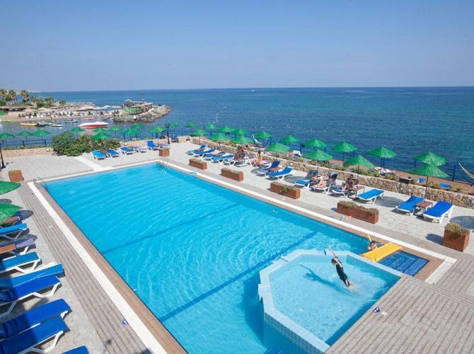 Hotel Manolya