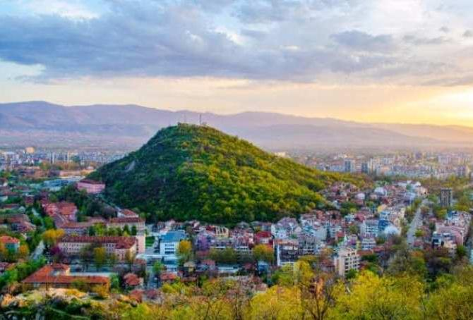 SOFIA - PLOVDIV, weekend la sud de Balcani